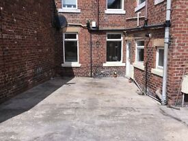 2 bed ground floor flat in burnopfield to rent with drive and garden available end Jan £395 pm