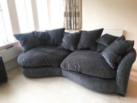 Large, comfortable sofa in fantastic condition