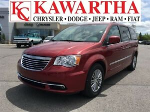 2016 Chrysler Town & Country TOURING L *PRICE REDUCED*