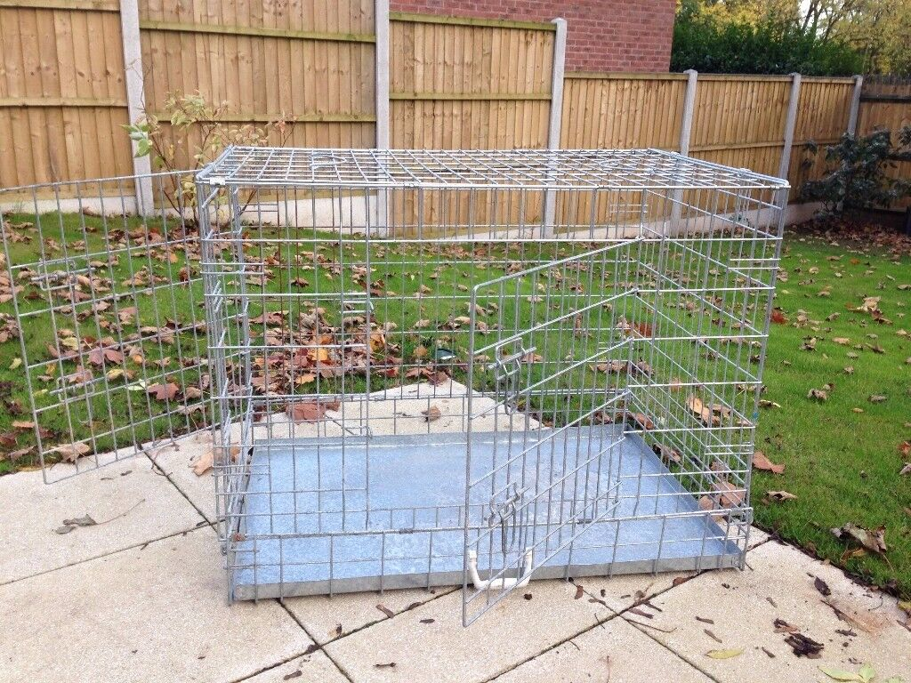 Sturdy galvanised collapsible metal dog crate for medium-sized breeds