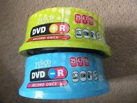 ( New ) Tesco DVD +/-R Spindle Pack 2 x 25, total of 50 discs