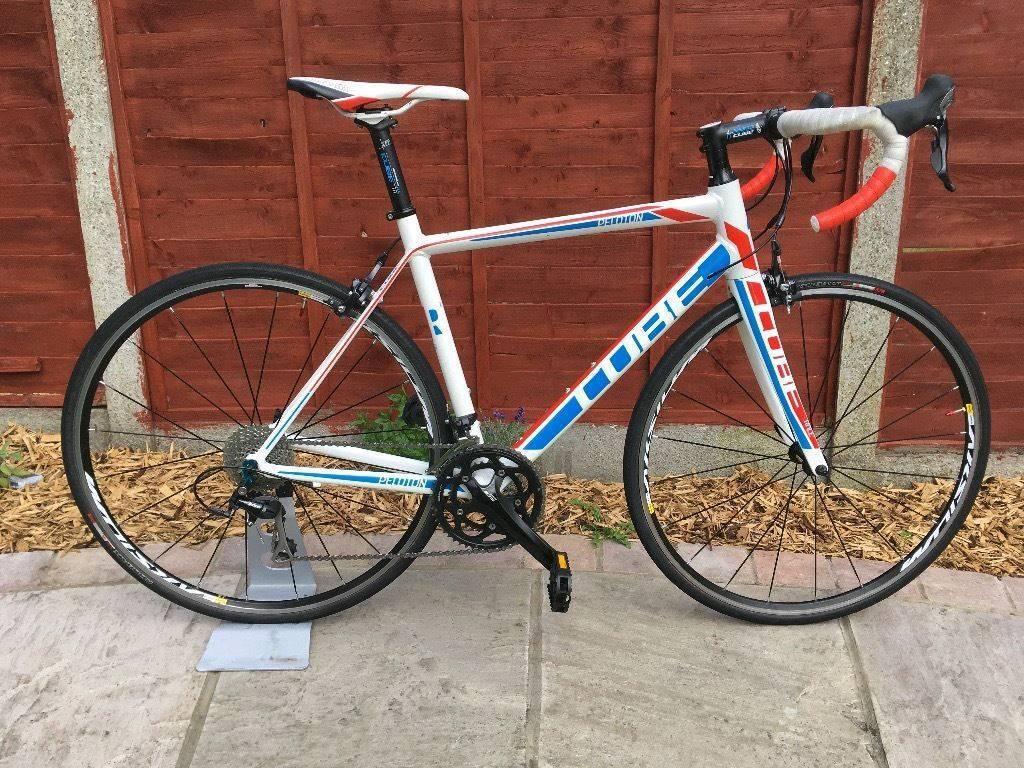 Cube Peloton Road Bike Full 105/Ultegra Carbon forks RRP £1500+ / Giant Cannondale Specialized Trek