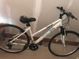 Nearly brand new Apollo ladies bike