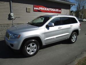 2013 Jeep Grand Cherokee LAREDO - REMOTE START!!!