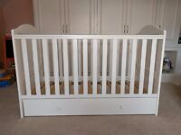 Kiddicouture Hampton Cot Bed - White - Birth to 5 years