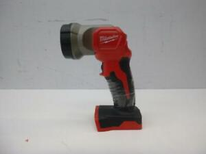 Milwaukee M18 LED Worklight - We Buy And Sell Power Tools - 113809 - MH37404