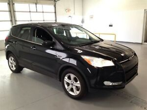 2013 Ford Escape SE| 4WD| HEATED SEATS| SYNC| BLUETOOTH| 75,885K Kitchener / Waterloo Kitchener Area image 9