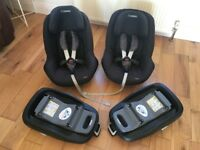 x2 Maxi Cosi Pearl Car Seats (group 1) and x2 Family Fix Bases (ISOFIX)