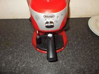 DeLonghi EC220CD Coffee Machine Red
