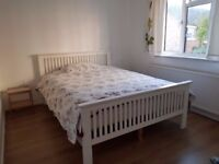 Gardenhouse in Whitechapel 3 Rooms in same property, 1 single 2 doubles in the Center