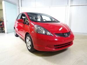 2014 Honda Fit LX 5MT AC/Bluetooth/Economique