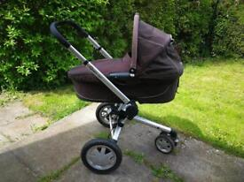 Quinny buzz travel system with maxi cosi seat and base