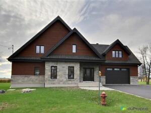 749 000$ - Maison 2 étages à vendre à St-Marc-sur-Richelieu