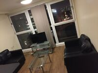 Double ensuite room available Students only