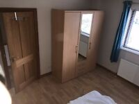 Two female single rooms available in a shared house near Bath City Centre