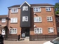 2 BEDROOM FLAT UNFURNISHED IN BECKTON E6