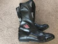 MOTORCYCLE BOOTS FIGO UK SIZE 8