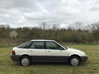 1992 Rover 214 SLi - Cheap, reliable runner! Retro car!
