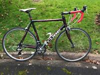 Cube Peloton Road Bike. 54cm medium frame.