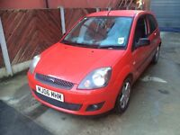 FORD FIESTA ZETEC CLIMATE 2 OWNER 2 KEYS RED