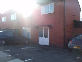 GREAT LEVER, BOLTON, STUDIO, FURNISHED, LARGE SHOWER ROOM FREE WI FI AND BILLS INCLUDED