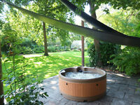 Hot tub hire for your party - we deliver to areas of London, Middlesex and Surrey