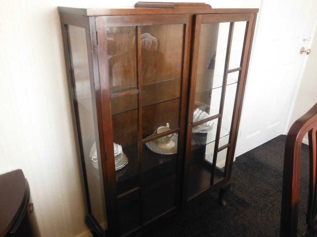 China Cabinetwould make ideal shabby chic projectin Beverley, East YorkshireGumtree - Double Glass fronted believe to be oak two glass shelves very old good condition