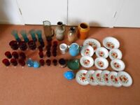 Collection of Vintage Retro Collectible Glass and Pottery/Ceramics.
