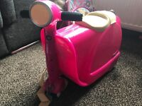 Skoot ride on suitcase/ hand luggage