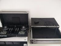 Traktor S4 Mk2 with flight case and serial key