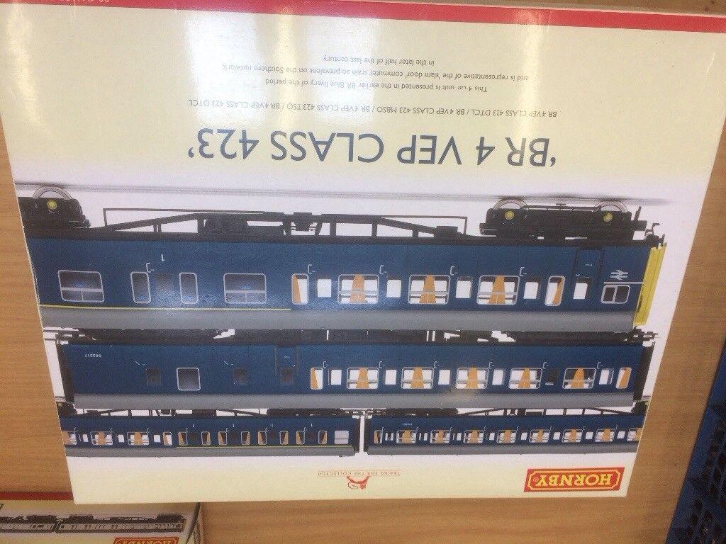 Hornby R2946 4car VEP
