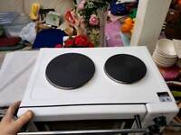 oven with 2 hot rings