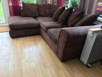 Corner Sofa in Excellent Condition