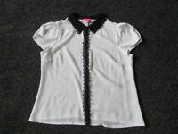 Ladies Monsoon Blouse. Size 16 . Black & White