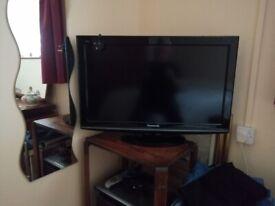 "Panasonic 32"" LCD Television, Mod No TX-L32X10BA"