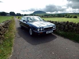 2000 JAGUAR XJ8 3.2, ABSOLUTELY IMMACULATE AND RUST FREE.