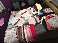 18/24-2/3 girls clothes bundle (52 items aprox)