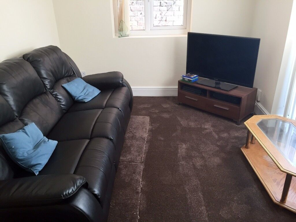 4 bedrooms in Trafford Street | Preston | PR1 | REF1032