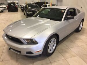 2012 Ford Mustang V6 AUTO, MAGS