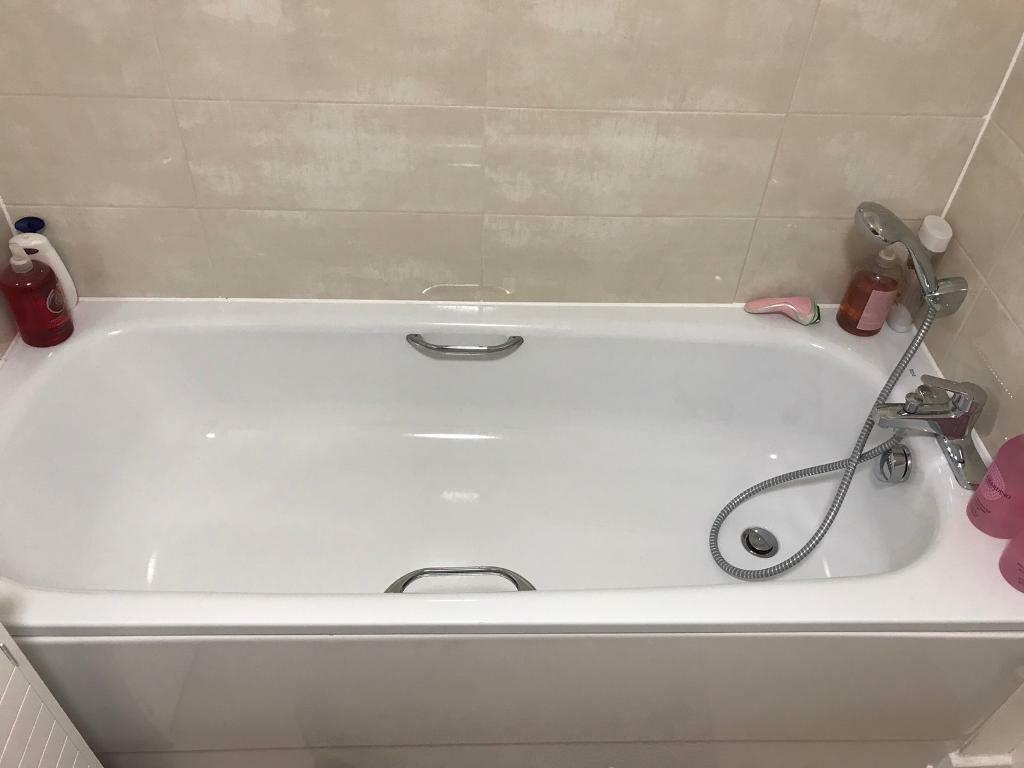 Roca 1700 Eco shallow bath, with Roca taps, bath side panel and ...
