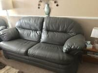 REDUCED leather sofa & 2 Armchairs
