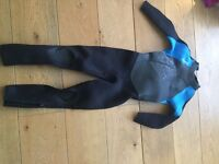 Surf Wetsuit TRIBORD 6y black and blue