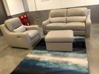 POLODIVANI ITALY LEATHER 2 seater + 1 electric reclining arm chair + Storage footstool - RRP £6000‼️