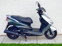 Yamaha NXC125 Cygnus X in immaculate spotless cond HPI clear Low mileage Full mot 1 Owner UK DEL