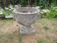 GARDEN URNS FOR SALE