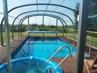Swimming pool and spa for your garden that can be used all year round