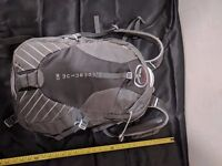 Osprey Momentum 30 S/M Cyclist Backpack