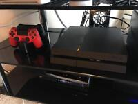 SONY PS4 Play Station 4 - 500GB - 2 Controllers and Charging Dock