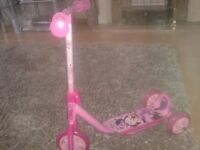 Minnie Mouse pink Scooter