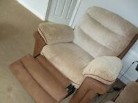 ELECTRIC RECLINER CHAIR ** NOW REDUCED**